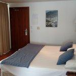 Photo de Hotel Los Geranios