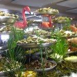 le buffet de fruits de mer a volonté crus ou cuisiné servit chaud