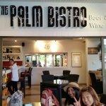The Palm Bistro & Wine Bar Foto