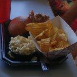 pulled pork, macaroni salad, chips