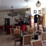 Lovely dinning/breakfast room