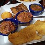 Jambonz Grill & Pub