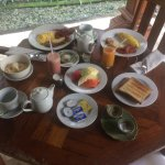 awesome villa with delicous breakfast and good hospitability!!!