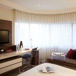 Deluxe Guest Room – Work Area