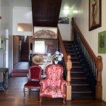 Ravenshoe Hotel entry