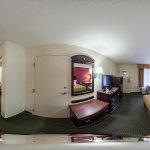 360' Room