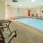 Photo de Holiday Inn Express Hotel & Suites Freeport