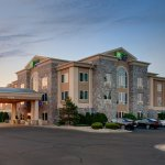 Photo of Holiday Inn Express & Suites Saginaw