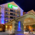 Photo of Holiday Inn Express Hotel & Suites Midtown
