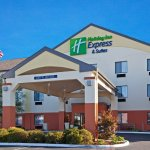 Photo of Holiday Inn Express Hotel & Suites Muncie
