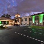 Holiday Inn Hotel & Suites Tampa North - Busch Gardens