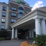 Holiday Inn Express Hotel & Suites Nashville - Opryland