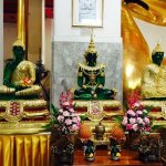 Wat Phra Non Chak Si Worawihan