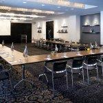 Milan Meeting Room – U-Shape Setup