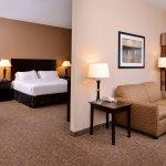 Holiday Inn Express & Suites Fairmont Foto