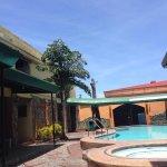Saltimboca Tourist Inn Foto