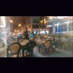 Mesas na calçada