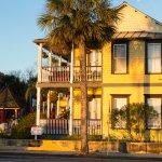 Bayfront Marin House Historic Inn Bild