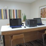 Foto de Holiday Inn Express Hotel and Suites