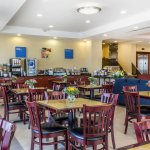 Comfort Inn & Suites Airport Φωτογραφία