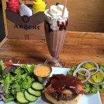 BBQ Barista burger & Mocha Cappuccino adult milk shake