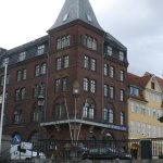 Bargain Hotel