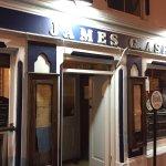 Ashe's Bar & Restaurant Foto