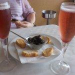 Kir royal au champagne et petite taponnade