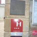 Les plaques de l'Hôtel Restaurant de la Colombière