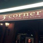 The 3rd Corner resmi