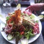 Restaurant le bleu assiette proposé a la carte .................................................