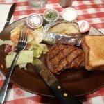 Photo de Franco's Pizza & Steak House