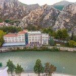 Yeşilırmağın kenarında merkezi konumu ile Büyük Amasya Oteli