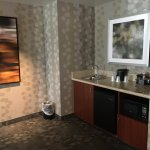 Sink/microwave/fridge in suite