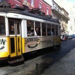 Photo de Lisbon Rentals Chiado