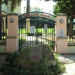 Philips Park Resmi