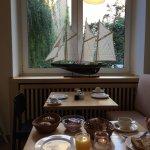 Angenehmer Frühstücksraum
