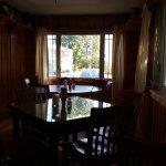 Foto de Log Cabin Cafe
