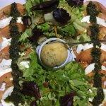 Pizza Périgourdine délicieuse et originale . Tomates mozzarella Buffalo La meilleur de l'île . L