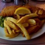 Fish, chips & mushy peas