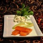 Μαριναρισμένος σολομός με σαντιγύ μουστάρδας και σως μουστάρδας