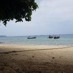 Photo de Phi Phi Relax Beach Resort