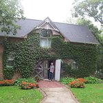 Belmont Hill Victorian Bed and Breakfast Image
