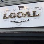 Photo de Local Restaurant & Bar