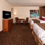 Stay at one of our freshly remodeled Double Queen Rooms!