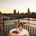 Balcony Suite - Dusk view of the Houses of Parliament Big Ben
