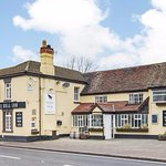 The Bull Inn Witherley - Traditional British Pub with the biggest beer garden in the County