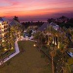巴厘安瓦亚海滩度假酒店