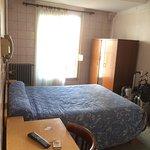 Photo de Hotel De La Comete