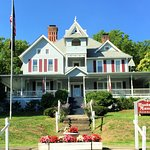 Hudson Manor Bed & Breakfast Picture